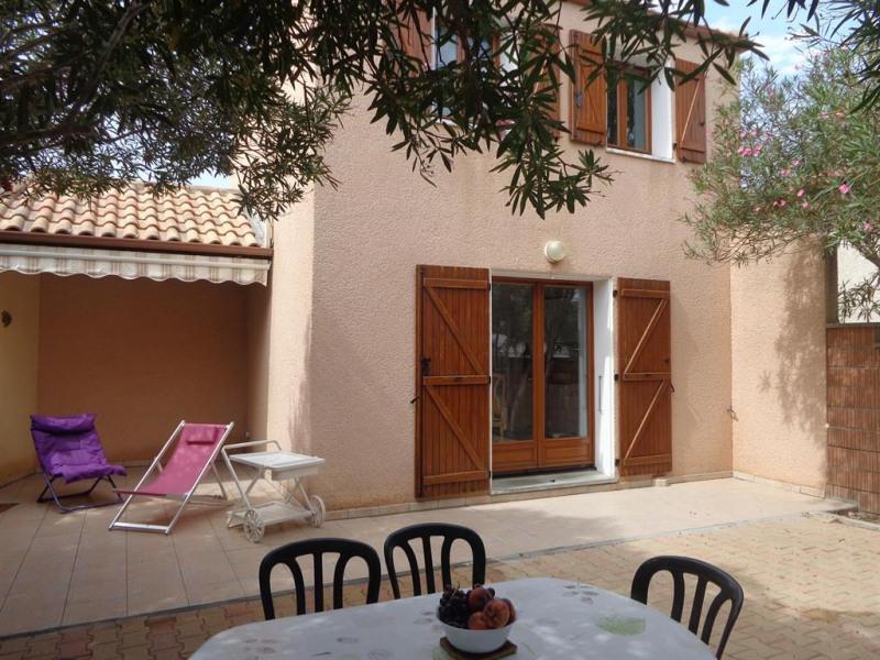Villa et terrasse