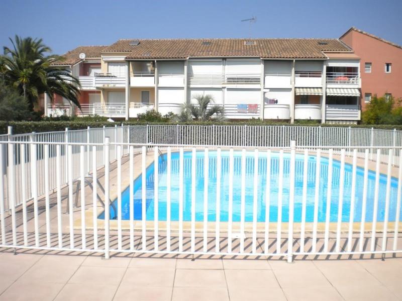 vue sur la piscine commune