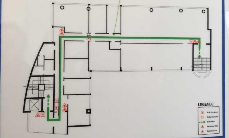 location bureau ivry sur seine val de marne 94 410 m r f rence n 594644. Black Bedroom Furniture Sets. Home Design Ideas