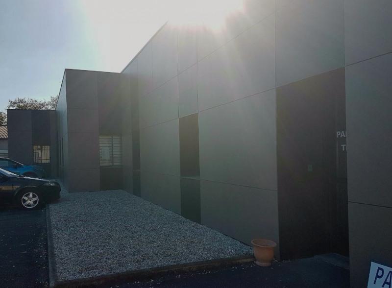 location bureau bruges gironde 33 150 m r f rence n am2371. Black Bedroom Furniture Sets. Home Design Ideas