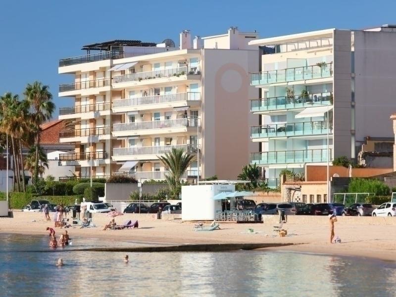 API-1-20-8838 - Cannes Bay