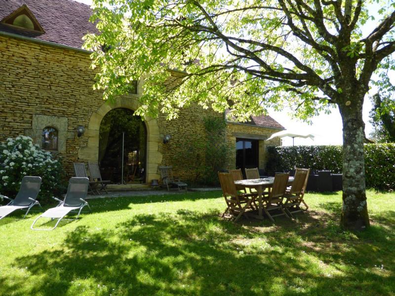 Location vacances Saint-Crépin-et-Carlucet -  Gite - 6 personnes - Barbecue - Photo N° 1