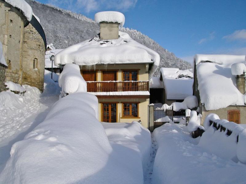 façade sud de la maison en hiver