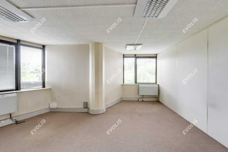 location bureau rosny sous bois seine saint denis 93 614 m r f rence n 664825w. Black Bedroom Furniture Sets. Home Design Ideas