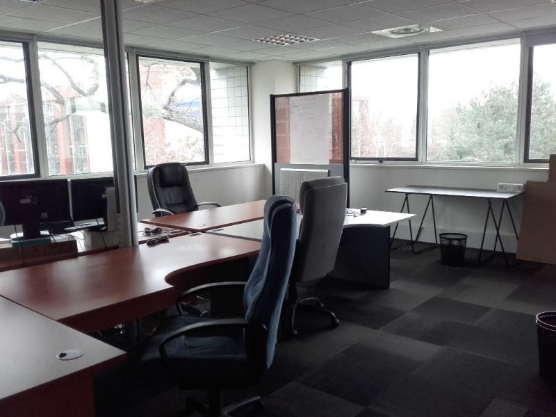 location bureau lab ge 31670 bureau lab ge de 653 m ref 0027 83. Black Bedroom Furniture Sets. Home Design Ideas