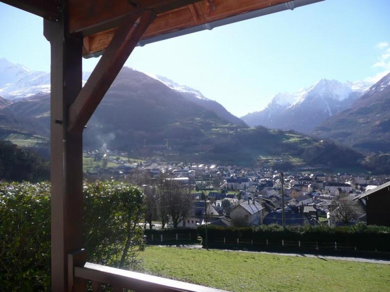 vue depuis la location sur la vallée de LUZ-