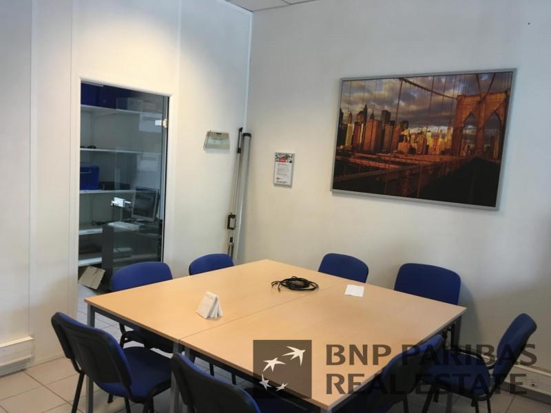 location bureau marseille 1er 13001 bureau marseille 1er de 120 m ref 17120081l. Black Bedroom Furniture Sets. Home Design Ideas