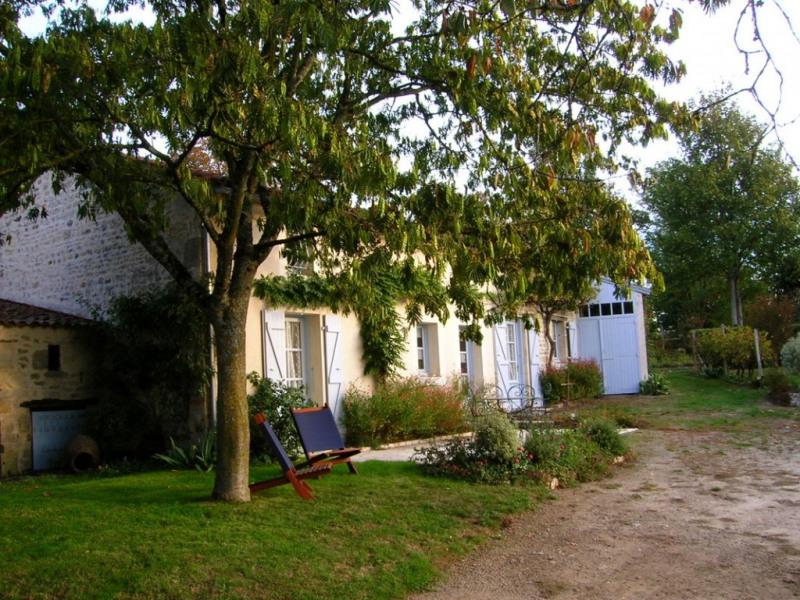 Location vacances Foussais-Payré -  Chambre d'hôtes - 4 personnes - Barbecue - Photo N° 1