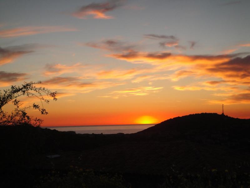 coucher de soleil vu de la villa