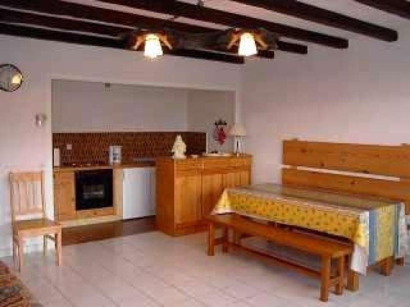 Appartement 6 personnes avec 2 chambres séparées, salle de bains, cuisine et chambre rénovées, vue panoramique sur le...