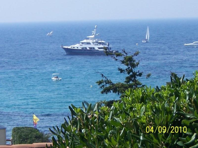 ancrage de bateau dans la Baie