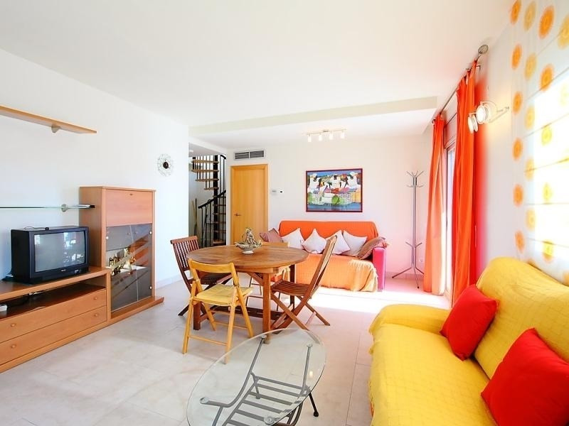 Location vacances Salou -  Appartement - 6 personnes - Jardin - Photo N° 1