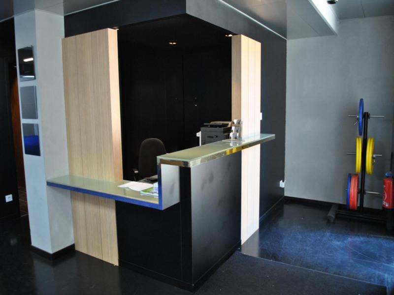 vente bureau lyon 2 me perrache le confluent 69002 bureau lyon 2 me perrache le confluent. Black Bedroom Furniture Sets. Home Design Ideas