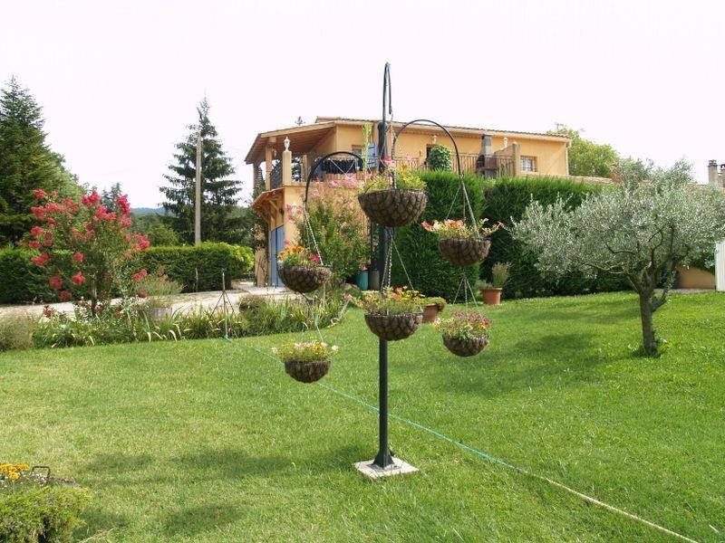Location vacances Malaucène -  Appartement - 6 personnes - Jardin - Photo N° 1