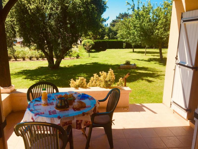 Location vacances Montignac -  Gite - 2 personnes - Barbecue - Photo N° 1