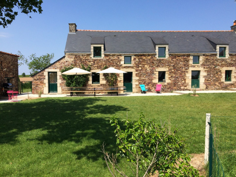 Location vacances Béganne -  Maison - 14 personnes - Barbecue - Photo N° 1
