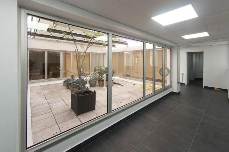 location bureau suresnes hauts de seine 92 350 m r f rence n 589145. Black Bedroom Furniture Sets. Home Design Ideas
