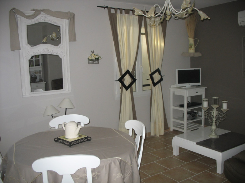 Location vacances Pernes-les-Fontaines -  Gite - 4 personnes - Barbecue - Photo N° 1