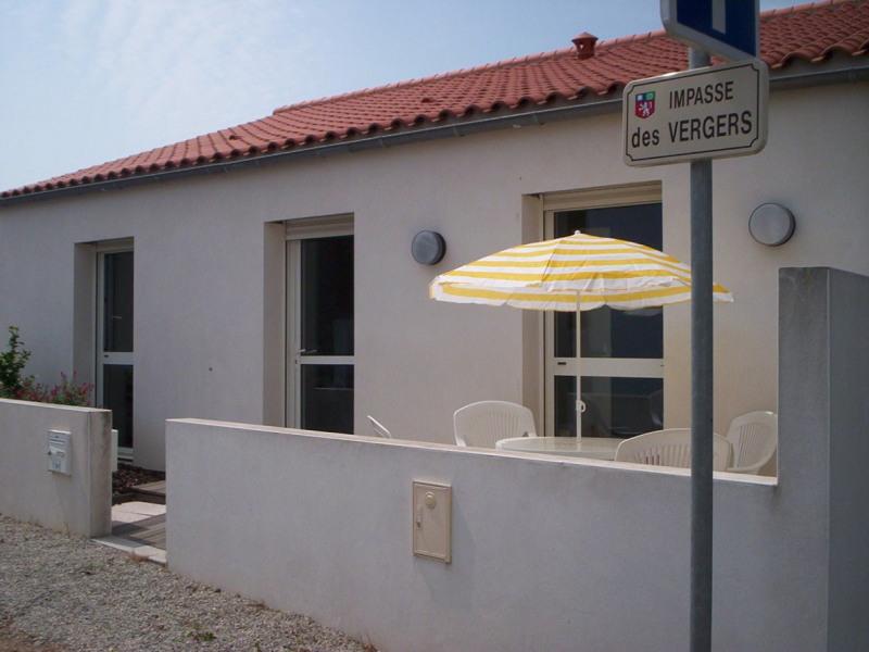 maison avec terrasse proche de la grande plage au calme, dans une impasse, pour 4 ou 5 personnes
