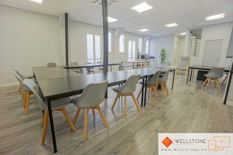 location bureau paris 10 me paris 75 100 m r f rence n 625413. Black Bedroom Furniture Sets. Home Design Ideas