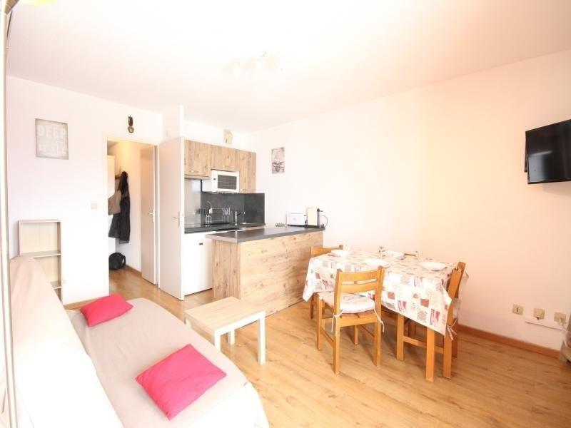 Location vacances Montvalezan -  Appartement - 6 personnes - Télévision - Photo N° 1
