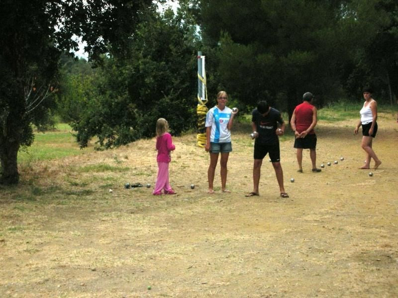 Camping Lou Cabasson, 65 emplacements, 27 locatifs