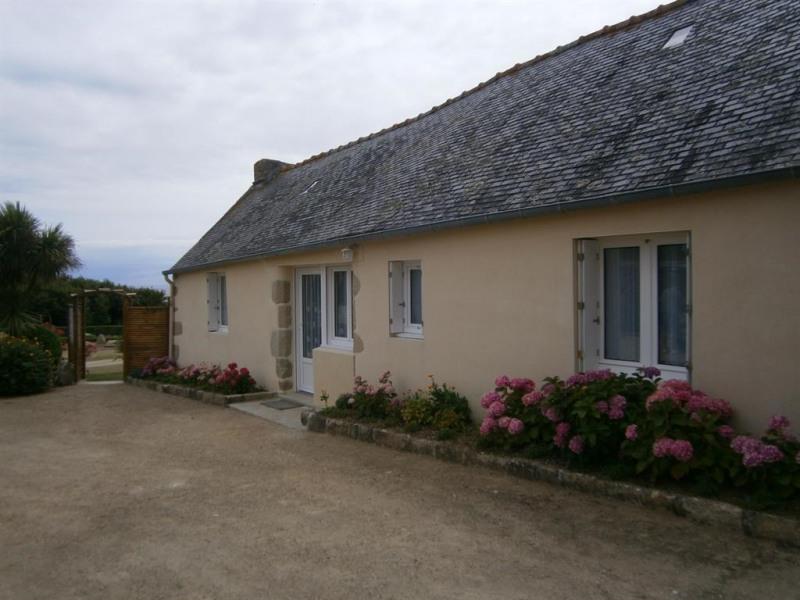 Location vacances Plozévet -  Maison - 4 personnes - Barbecue - Photo N° 1
