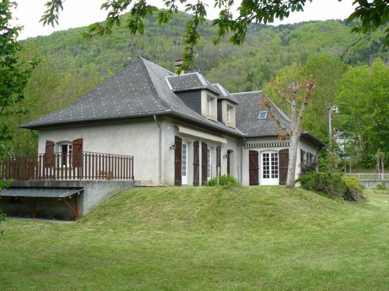 Location vacances Bagnères-de-Luchon -  Maison - 12 personnes - Barbecue - Photo N° 1