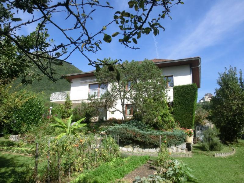 Location vacances Menthon-Saint-Bernard -  Appartement - 6 personnes - Jardin - Photo N° 1