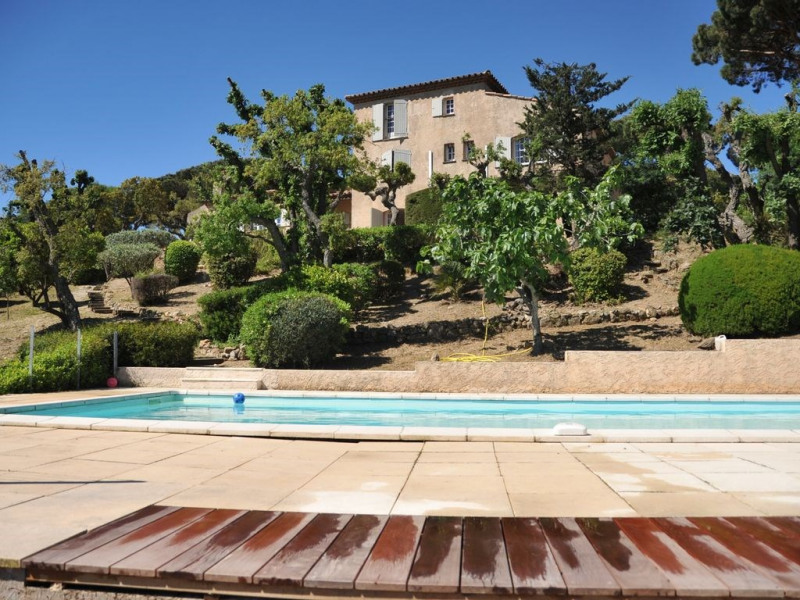 Magnifique vue sur le golfe de St Tropez, grande villa,grande piscine