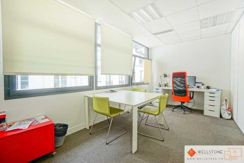 location bureau paris 10 me paris 75 118 m r f rence n 635938. Black Bedroom Furniture Sets. Home Design Ideas