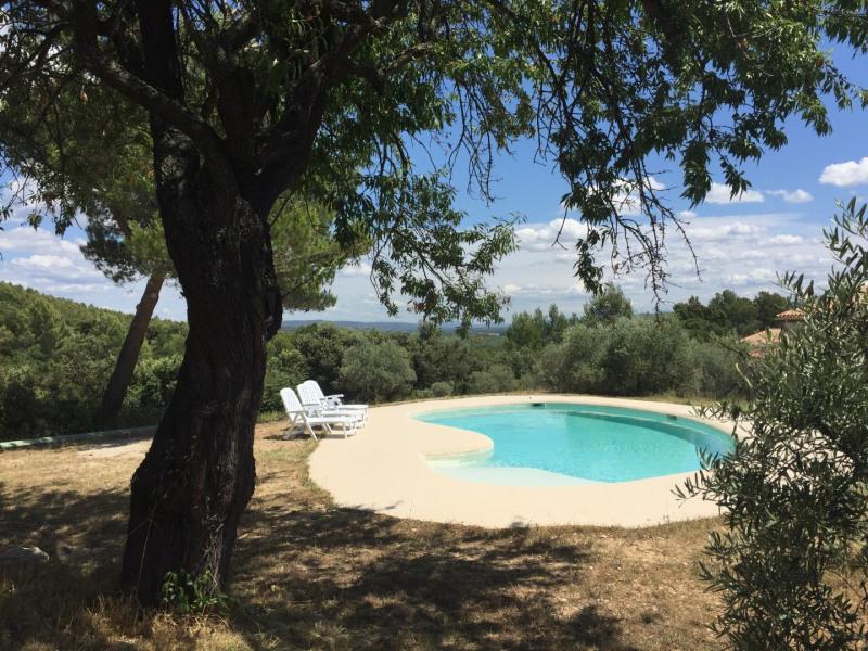 PROVENCE LUBERON Maison avec piscine privée