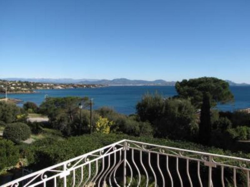 Location vacances Roquebrune-sur-Argens -  Maison - 10 personnes - Barbecue - Photo N° 1