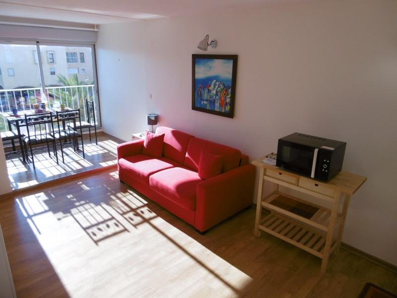 Location vacances Gruissan -  Appartement - 2 personnes - Lave-linge - Photo N° 1