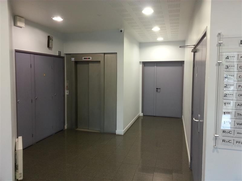 location bureau maisons alfort val de marne 94 887 m r f rence n wi q115l. Black Bedroom Furniture Sets. Home Design Ideas