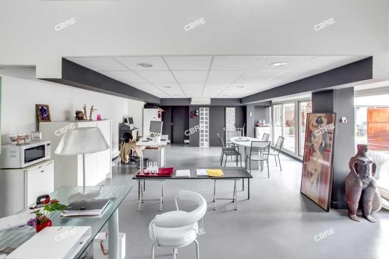 vente bureau paris 9 me trudaine maubeuge 75009 bureau paris 9 me trudaine maubeuge de 350. Black Bedroom Furniture Sets. Home Design Ideas