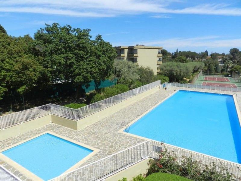Appartement à BormeslesMimosas Pour Personnes M - Location bormes les mimosas avec piscine