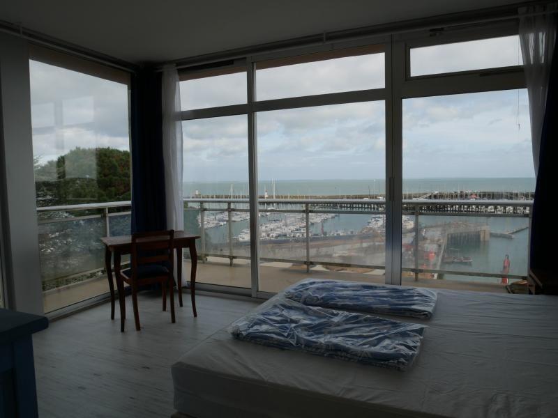 QUIBERON - Port haliguen - Vue exceptionnelle sur le port de plaisance pour cet agréable 3 pièces...