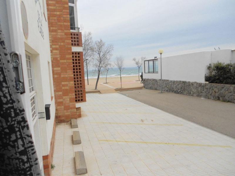 Studio situé à 50 m de la plage