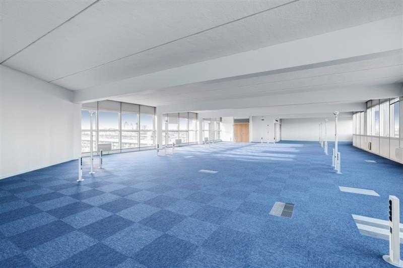location bureau pantin ourcq hoche 93500 bureau pantin ourcq hoche de 2578 m ref wi d425l. Black Bedroom Furniture Sets. Home Design Ideas