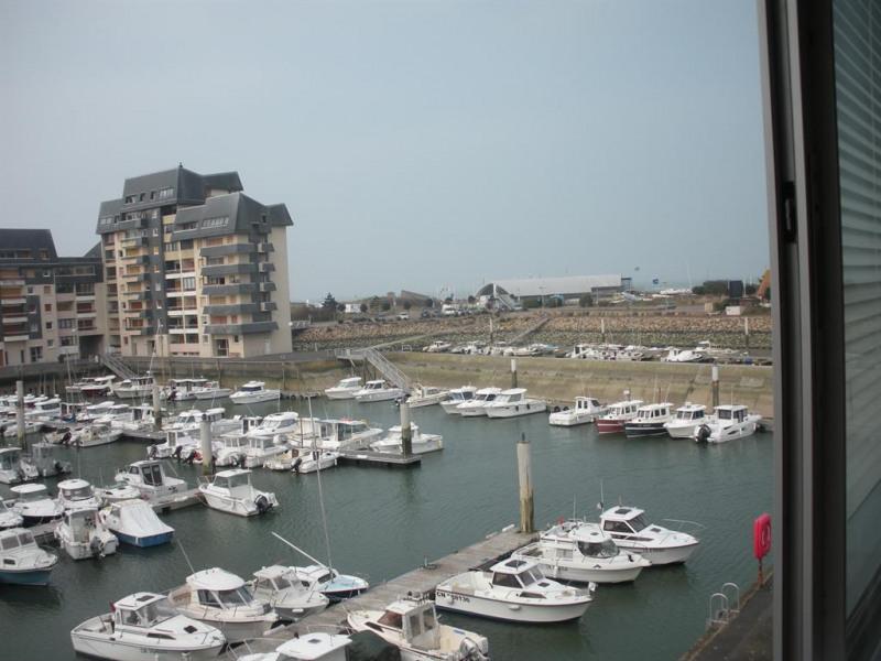 vue sur le port de plaisance