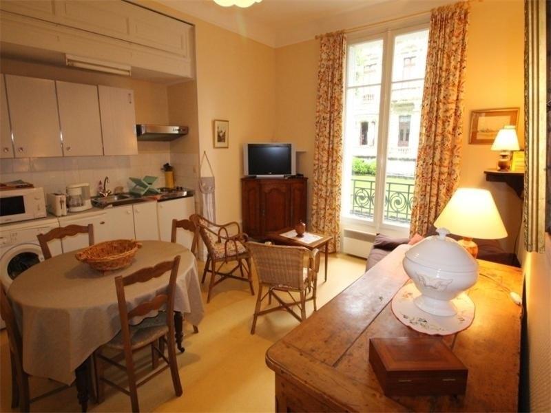 Location vacances Bagnères-de-Luchon -  Appartement - 3 personnes - Télévision - Photo N° 1