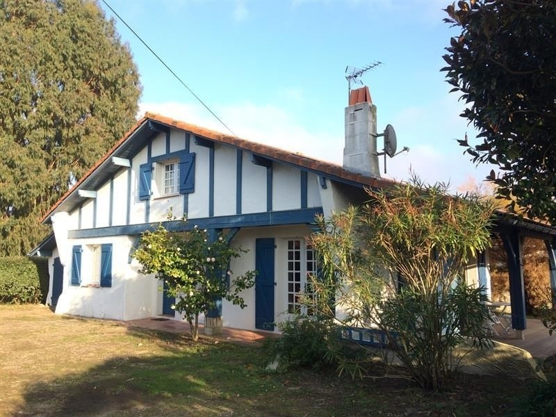 FR-1-0-378 - Maison Arnaga : charme basque pour des vacances paisibles