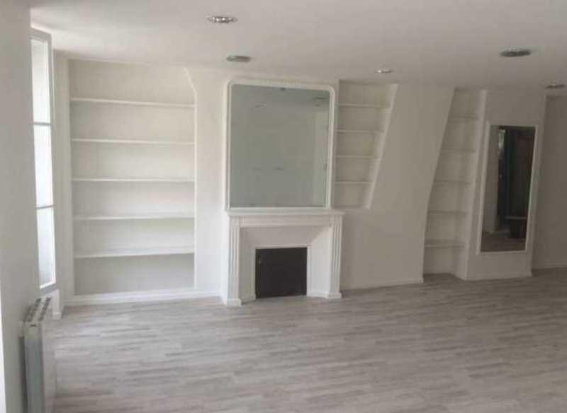 location bureau paris 10 me paris 75 139 m r f rence n 650260. Black Bedroom Furniture Sets. Home Design Ideas