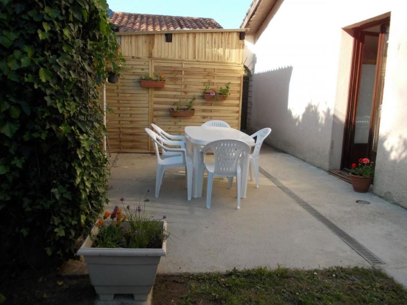 Maisonnette tout confort + jardinet pour 5 pers, au coeur  du Médoc /Margaux-Lacanau-Bx