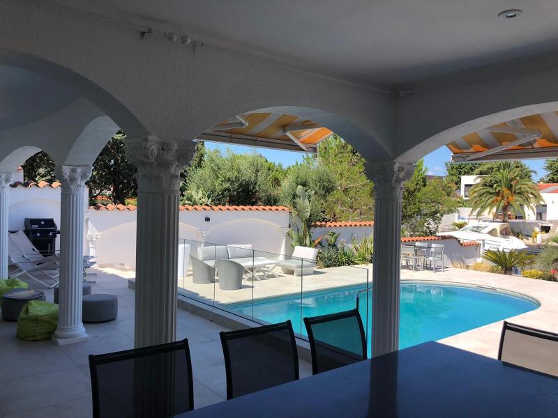 Location vacances Castelló d'Empúries -  Maison - 9 personnes - Barbecue - Photo N° 1