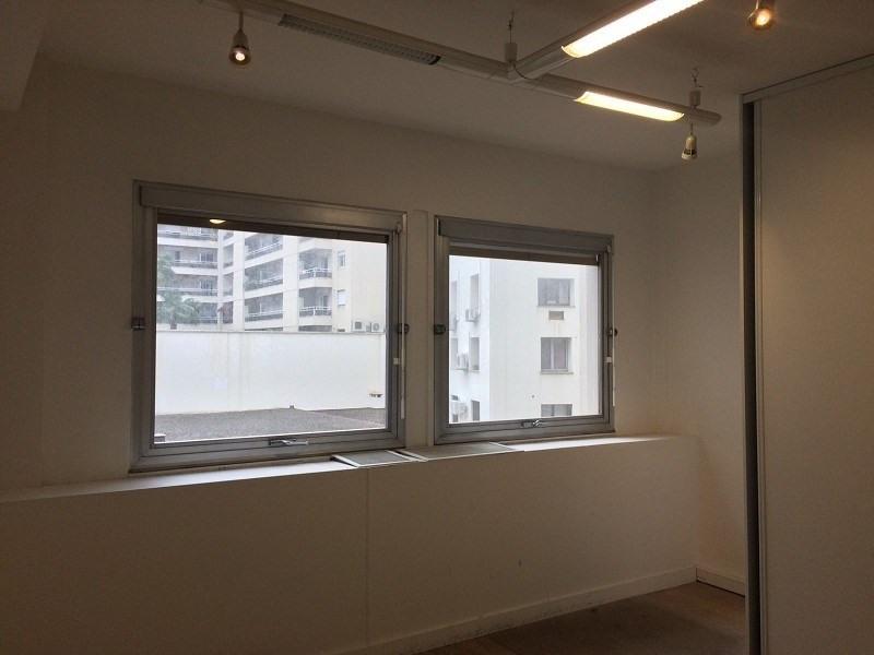 location bureau nice 06000 bureau nice de 65 m ref. Black Bedroom Furniture Sets. Home Design Ideas