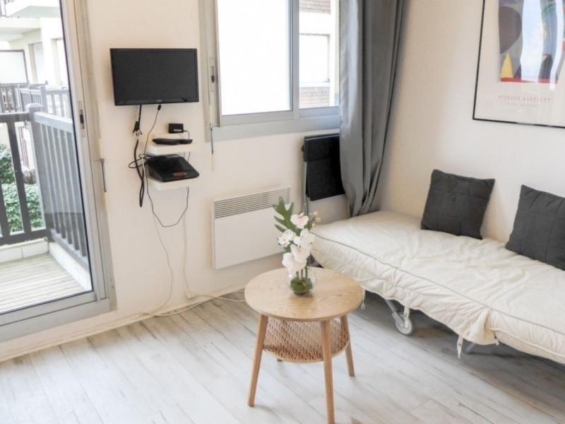 Location vacances Cabourg -  Appartement - 2 personnes - Jardin - Photo N° 1