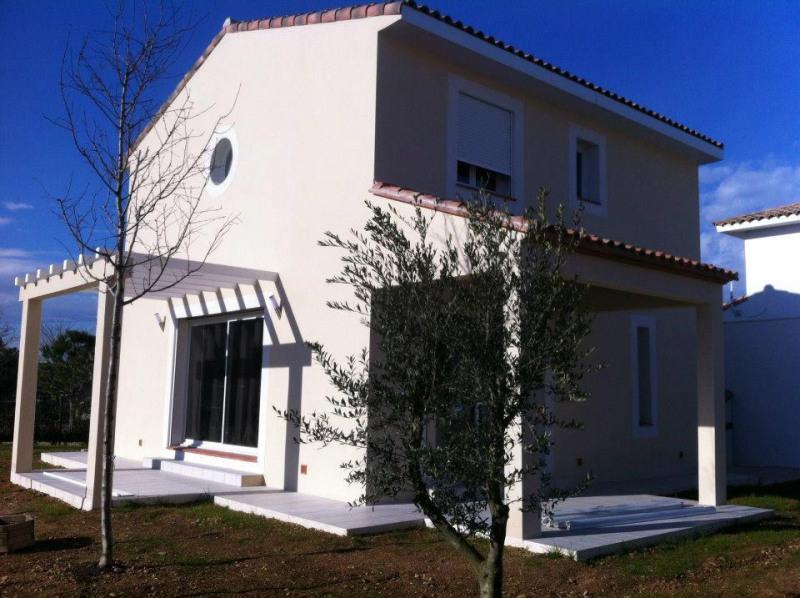 Maison  4 pièces + Terrain 220 m² Colombiers par MAISONS FRANCE BATIMENT
