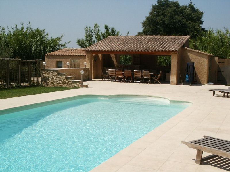 Location vacances Taillades -  Gite - 4 personnes - Barbecue - Photo N° 1